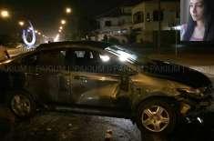 معروف اداکارہ مائرہ خان کراچی میں ٹریفک حادثے کا شکار