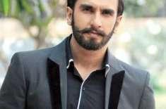 """رنویر سنگھ عامر خان کی """"دنگل """" دیکھنے کیلئے بے قرار"""