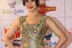 بھارتی اداکارہ سنیل سنگھ چوہان 28 بر کی ہوگئیں