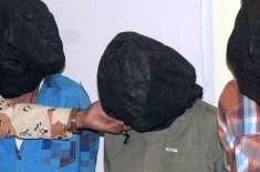 ولی محمد کے شناختی کارڈ کی تصدیق کرنے والا تحصیلدار گرفتار