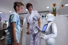 نئے روبوٹ نے ہسپتالوں کے ریسیپشنسٹ کی ملازمتیں بھی چھین لی۔روبوٹ 20 ..