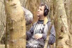 یوروگوئے رہائشی 29 سالہ نوجوان سینکڑوں پرندوں کو آوازوں سے شناخت کرسکتا ..
