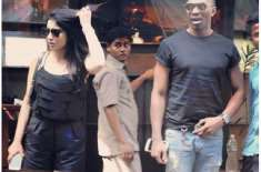 کر کٹرڈیوائن براوو اور بھارتی اداکارہ شریا سارن کے درمیان قربتیں بڑھنے ..