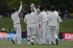 نیوزی لینڈ کیخلاف پہلا ٹیسٹ میچ، پاکستانی بیٹنگ لائن ایک بار لڑکھڑا ..