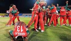 آئی سی سی ورلڈ ٹی ٹونٹی ، نو آموز عمان نے آئرلینڈ کو 2وکٹوں سے ہرا کر ..