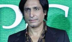 عمر اکمل کی عمران خان سے سفارش، رمیز راجہ کی شدید تنقید