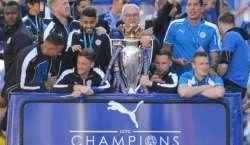 انگلش پریمیر لیگ فٹبال چیمپیئن لیسٹر سٹی کا بینکاک میں والہانہ استقبال