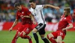 یورو کپ 2016 میں پولینڈ اور جرمنی کے درمیان کھیلا گیا میچ بغیر کسی نتیجے ..