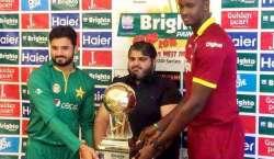 پاکستان اورویسٹ انڈیزکی ٹیموں کے مابین دوسرا ون ڈے انٹرنیشنل میچ کل ..