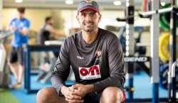 متحدہ عرب امارات نے سابق برطانوی بلے باز اویس شاہ کو ٹیم کا عبوری کوچ ..