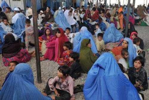 پاکستان میں مقیم پندرہ لاکھ ..
