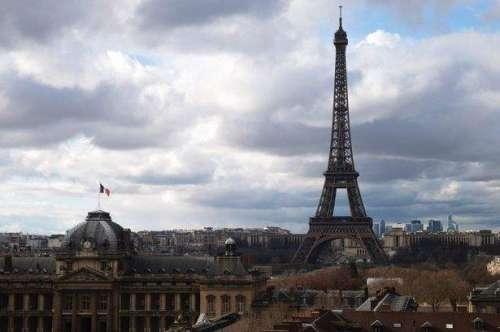 جاپانیوں نے پیرس کو غلیظ شہر ..