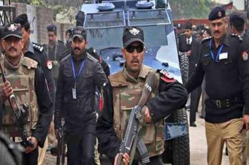 کراچی کے مختلف علاقوں سے پولیس ..