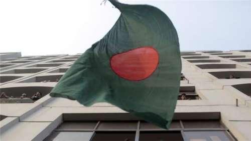 اسمگلنگ کا الزام، ڈھاکا میں ..
