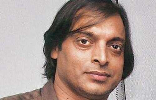 شعیب اختر بھارت میں ٹی وی پروگرام ..