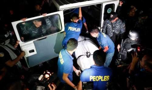 فلپائن، جیل میں 3 دھما کے ، 10 ..