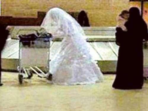 سعودی عرب میں دلہا نئی نویلی ..