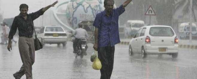 بلوچستان اور خیبرپختونخوا میں طوفانی بارش سے کئی گھر تباہ ، خواتین ..