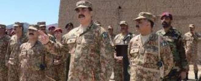 آرمی چیف کادورہ جنوبی وزیرستان ، اگلے مورچوں پر تعینات فوج کے جوانوں ..