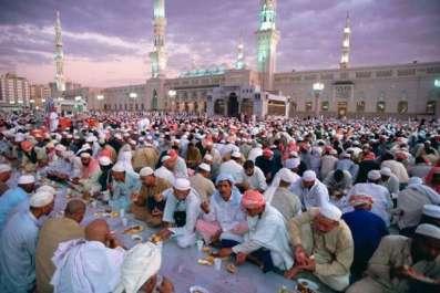 سعودی عرب سمیت خلیجی ممالک میں رمضان کا چاند ..