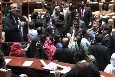 سندھ اسمبلی کا اجلاس: ایم کیوایم اور پیپلزپارٹی ..