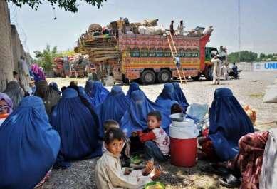 وزیراعظم نے پاکستان میں رجسٹرڈ افغان مہاجرین ..