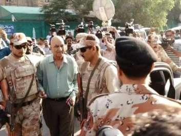 کراچی : ایم کیو ایم لندن کے رہنماوں کو رینجرز ..