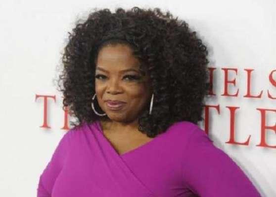اوپرا ونفرے امریکی ٹی وی کی مقبول ترین میزبانوں میں سے ایک ہیں