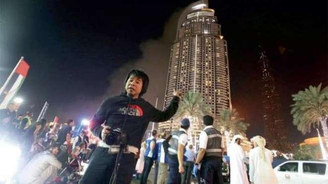 دبئی ہوٹل  میں آتشزدگی ، فوٹوگرافر کو 48 ویں منزل سے صحیح سلامت ریسکیو ..