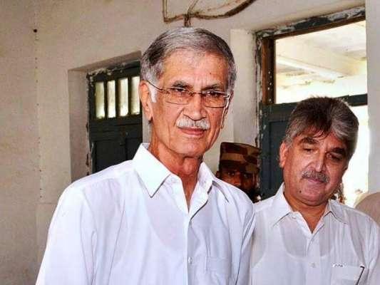 پشاور : اگر میرا بڑا بھائی وزیر اعظم ہوتا تو میرے صوبے میں بھی پراجیکٹس ..