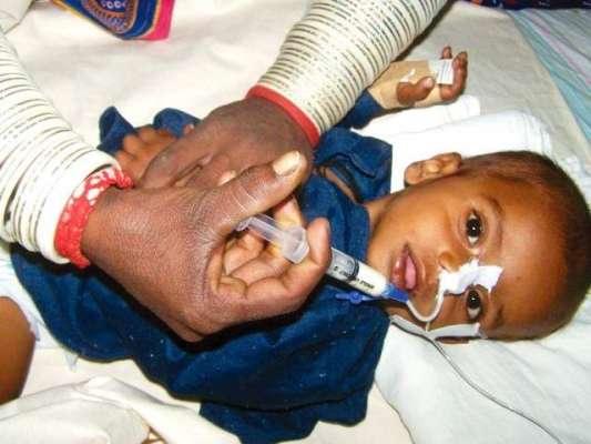 سندھ حکومت سو گئی: تھرپارکر میں غذائیت کی کمی سے ایک ہفتے میں 17 بچے جاں ..