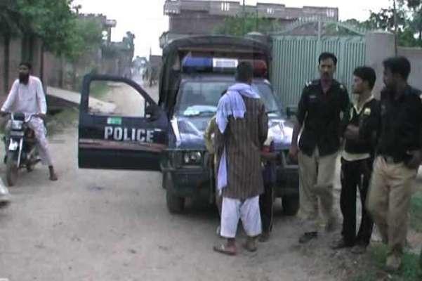 پشاور باپ نے کلہاڑی سے 3 بچوں اور اہلیہ کو قتل کر دیا