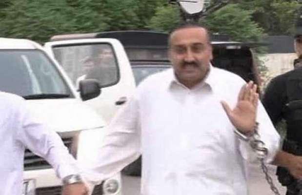 سابق وزیر اعلی خیبرپختونخواہ کے مشیر خاص معصوم شاہ کی خود کشی کی کوشش