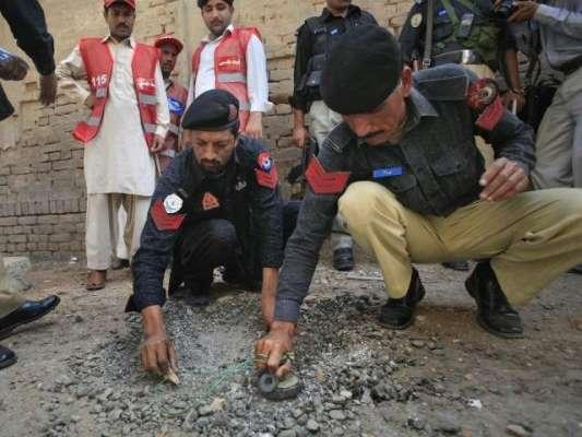 پشاور : رنگ روڈ پر فائرنگ ، کرنل طارق غفور شہید۔ پولیس