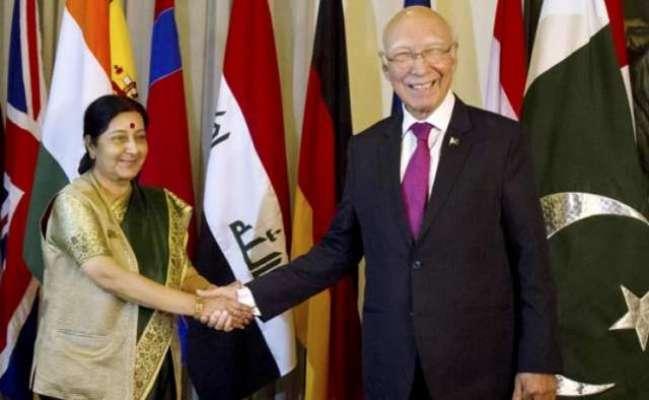 سرتاج عزیز اور بھارتی وزیر خارجہ سشما سوراج جمعرات کو نیپال میں ملاقات ..