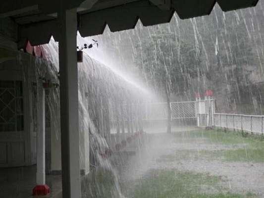 خیبر پختونخوا میں بارشوں کے چھتیں گرنے سے مزید چار افراد جاں بحق