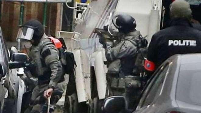 یلجیئم کا پیرس حملوں میں ملوث مبینہ حملہ آور صالح عبدالسلام کو زخمی ..