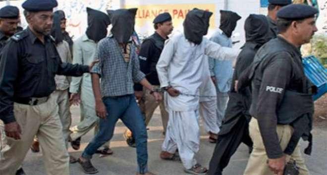 پشاور: یکہ توت میں حساس اداروں کی کاروائی کالعدم تنظیم کے 2 ٹارگٹ کلرز ..