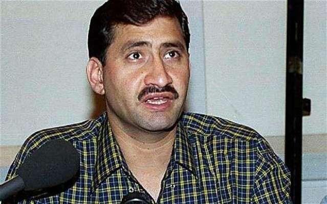 کورکمانڈر پشاور سے سکواش کے سابق عالمی چمپئن جان شیر خان کی ملاقات