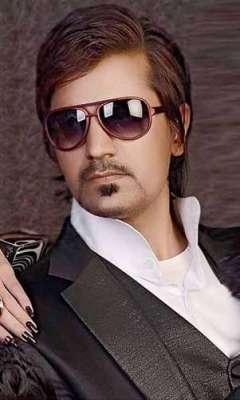 موسیٰ خان اپنی فلم '' آستین کا سانپ '' کی شوٹنگ میں مصروف