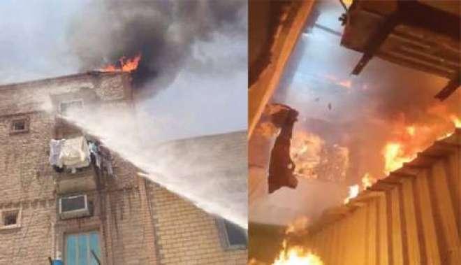 کویت سٹی: رہائشی عمارت میں آتشزدگی سے ایک خاتون جاں بحق ، فائر مین زخمی