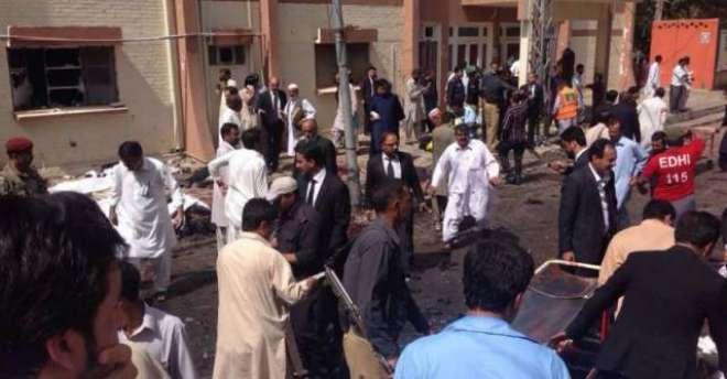 کوئٹہ:سول ہسپتال میں خود کش دھماکہ اورفائرنگ،70افرادجاں بحق،112سے زائد ..
