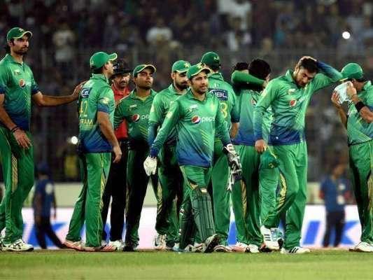 انگلینڈ ، آئرلینڈ کیخلاف ون ڈے میچز کیلئے پاکستان کی 15رکنی ون ڈے ٹیم ..