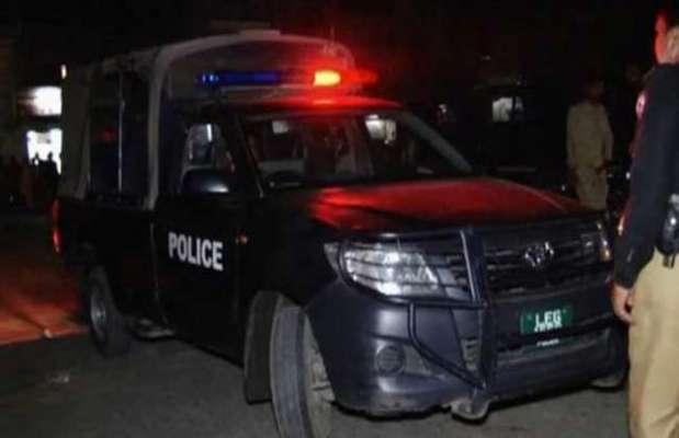 کراچی کے مختلف علاقوں میں رینجرز اور پولیس کی جانب سے ٹارگٹڈ آپریشن ..