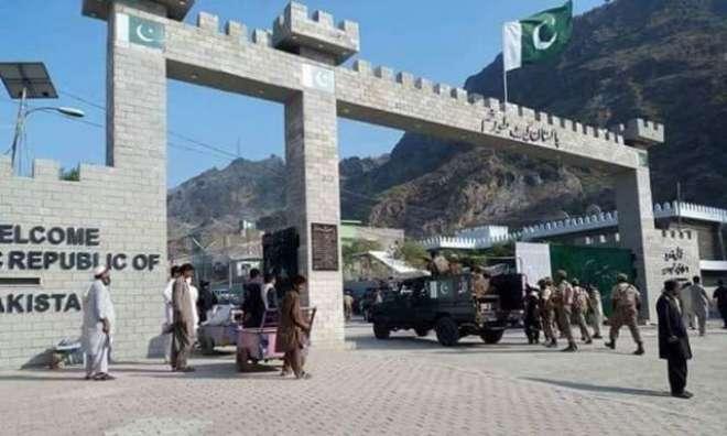 پاکستان اور افغانستان کے درمیان طورخم بارڈر پر گیٹ افتتاحی تقریب کے ..