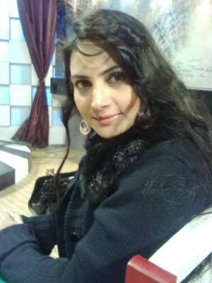 حوریہ خان کو شادی کی مبارکباد دیتی ہوں۔عینی طاہرہ