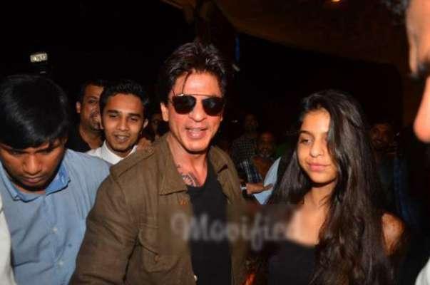 شاہ رخ خان کو لاس اینجلس ایئرپورٹ پر روک لیا گیا،بھارتی میڈیا