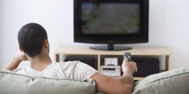 روزانہ ڈھائی گھنٹے سے زیادہ ٹی وی دیکھنے والوں کو پھیپھڑوں میں خون ..