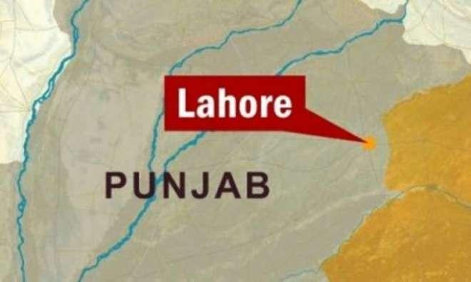 لاہور، سوتیلی ماں نے 14 سالہ بیٹی پر ظلم کی انتہا کردی، پولیس نے بچی ..