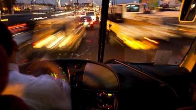 دبئی: بس کا وقت تبدیل کرنے پر غیر ملکی سکیورٹی گارڈ کی ڈرائیور کو جان ..